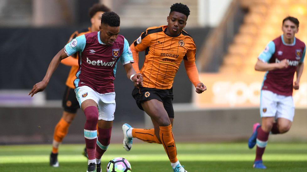 EPL Football 2018-19: Wolverhampton vs West Ham United