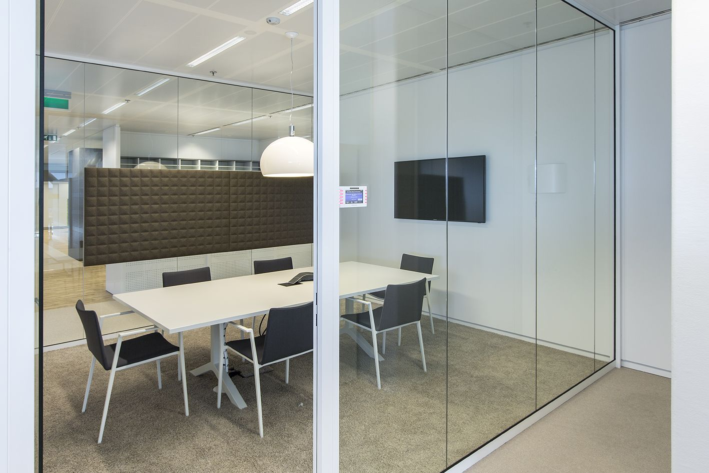 met het nieuwe interieur is er betere onderlinge communicatie en meer synergie interieur