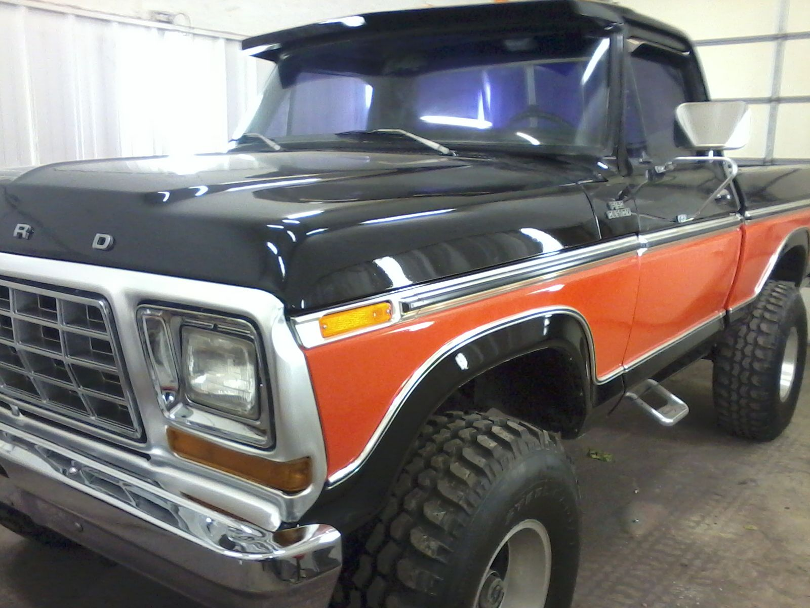 Love The Colors Like Harley Davidson Lifted Ford Trucks Ford Pickup Trucks 1979 Ford Truck