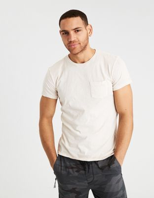 AE POCKET T-SHIRT by American Eagle Outfitters | A wardrobe staple in your  choice