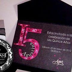 D15 años de Maria Agustina @mariagustina en la ciudad de Caracas.  INVITACIONES DAMIANI 0424 6347759 #invitacionesquince #invitaciones #bodas #misquinceaños #party #bodasvzla #bodasvenezuela #tarjetas #tarjeteria #tarjeteriafina #tarjetasdeboda #matrimonio #hechoenvzla #custominvitations #weddings #weddinginvitations #invitations #instawedding #instabodas #tarjeteriaexclusiva #tarjetasdematrimonio #diseñopersonalizado