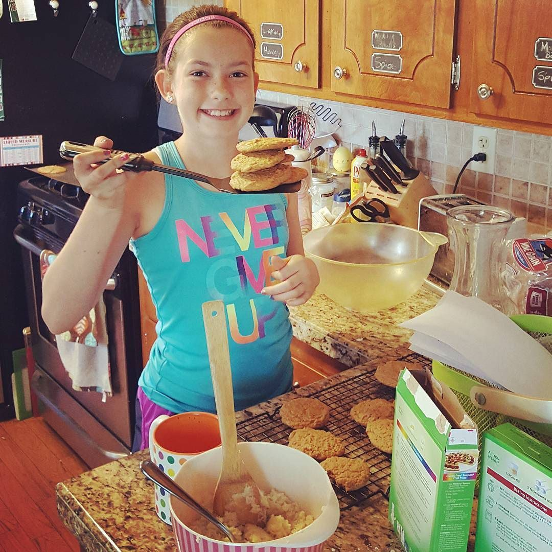 Sometimes you just get in the mood to #bakecookies Fun in the kitchen is important in our #RealFunFamily I'm proud of my #littlemama for doing what makes her happy.