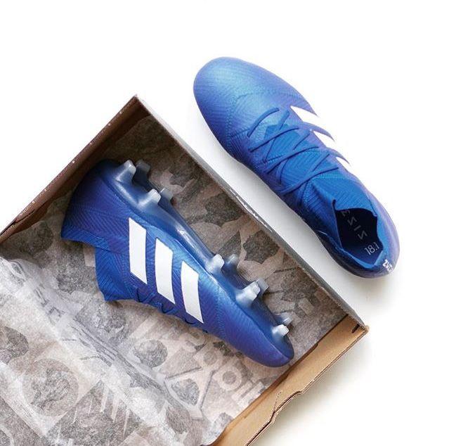 Pin by Chulapong Vichitrananda on 3 stripes | Football shoes