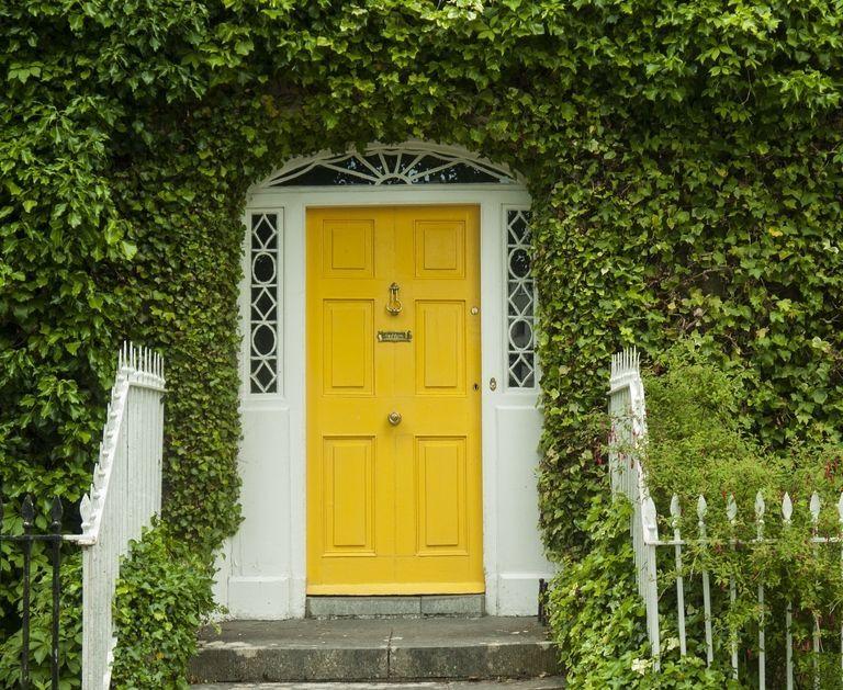 The Doors 24 Of The Best Statement Doors Around The World Front Door Paint Colors Victorian Front Doors Painted Front Doors