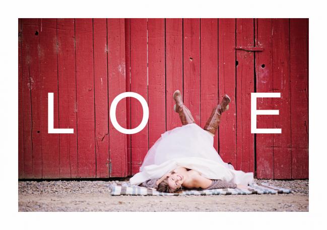 Barn Love by Echo Media Photography