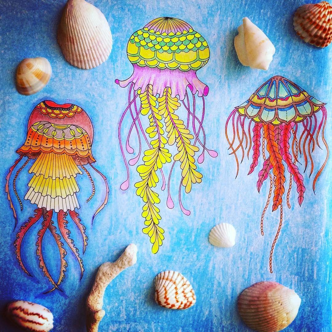 Ещё одна страница наполнилась красками и ожила!#johannabasford #johanna_basford #johannabasfordlostocean #lostocean #coloringbook #colors #coloring #arttherapy #artwork #art #artstagram #therapycoloring #antistress #antistresscoloringbook #pencils #blue  #джоаннабэсфорд #джоанна_бэсфорд #раскраскадлявзрослых #раскраскаантистресс #затерянныйокеан #арт #цветныекарандаши #цветной #взрывцвета #всвободноевремя #instaart