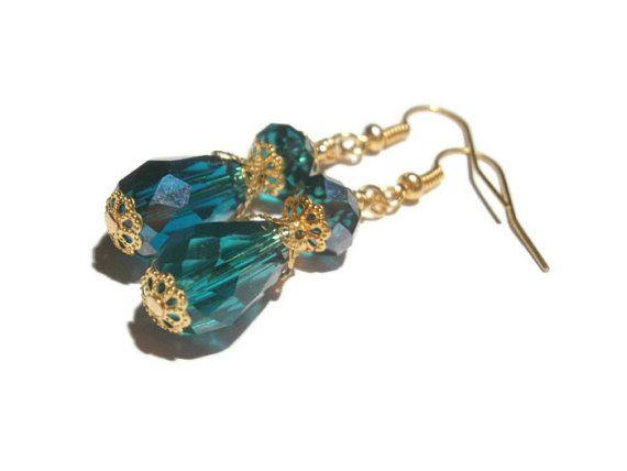 Green Drop  Earrings  Emerald Dangle Earring by TwinklePinkJewelry, €10.00