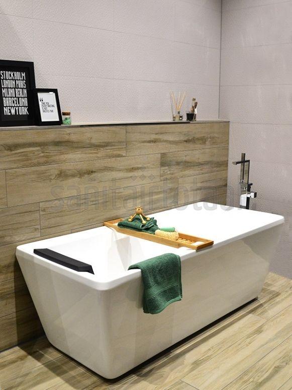 Badkamer ideeën, badkamer inspiratie,vrijstaand bad, houtlook tegels ...
