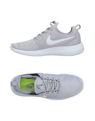 NIKE Sneakers. #nike #shoes #