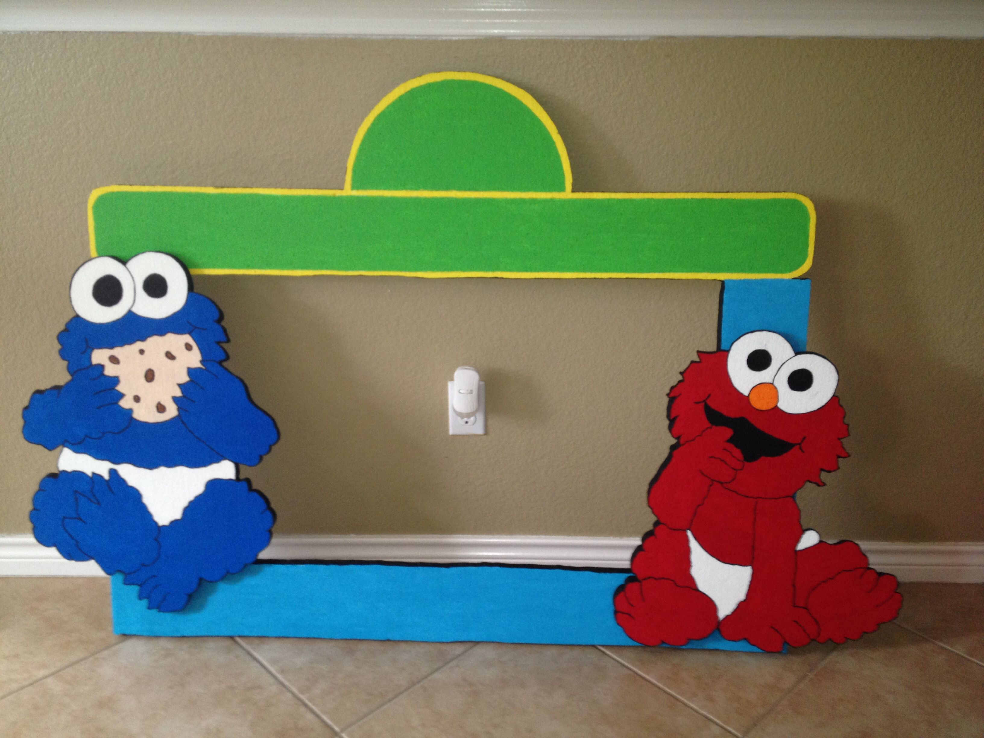 SESAMO STREET Styrofoam Frame, excellent for your parties picture ...