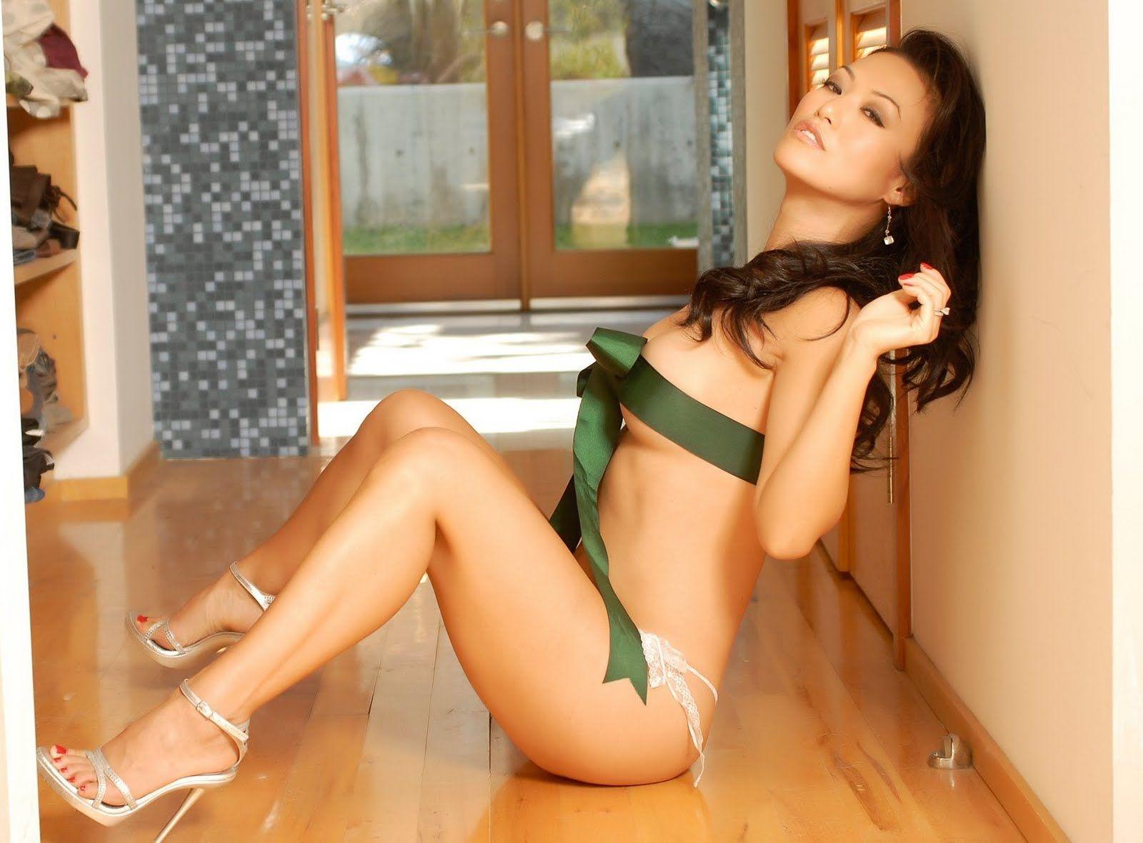 Cam Gigandet nude