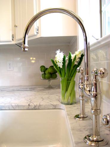 Kitchens Glossy Subway Tiles Backsplash White Kitchen Cabinets Marble Countertops Farmhouse Sink Polished Nickel Gooseneck Bridge Faucet Gorgeous