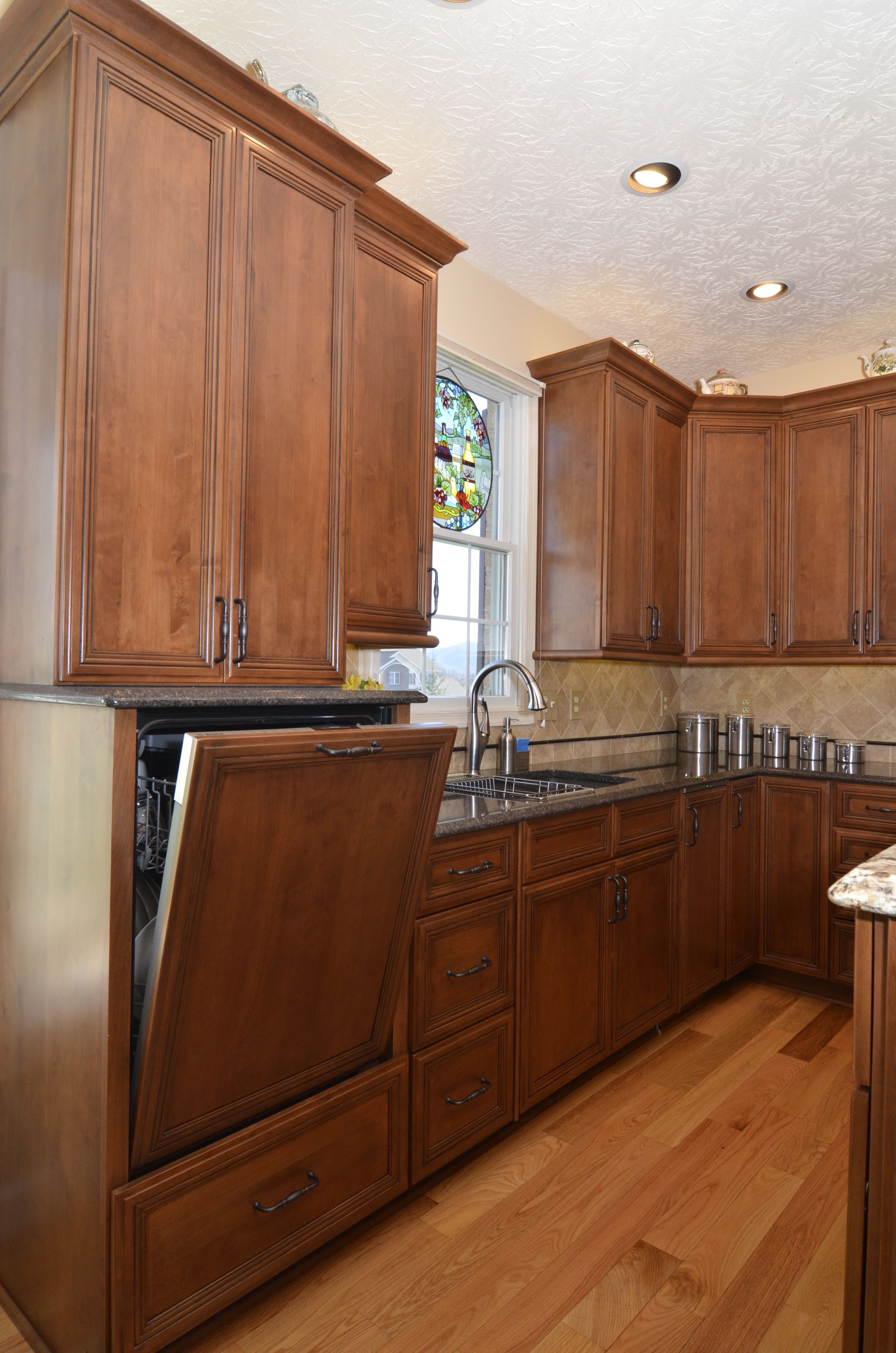 Hanover Dynasty Raised Dishwasher Kitchen Bathroom Remodel Kitchen Design Home Kitchens