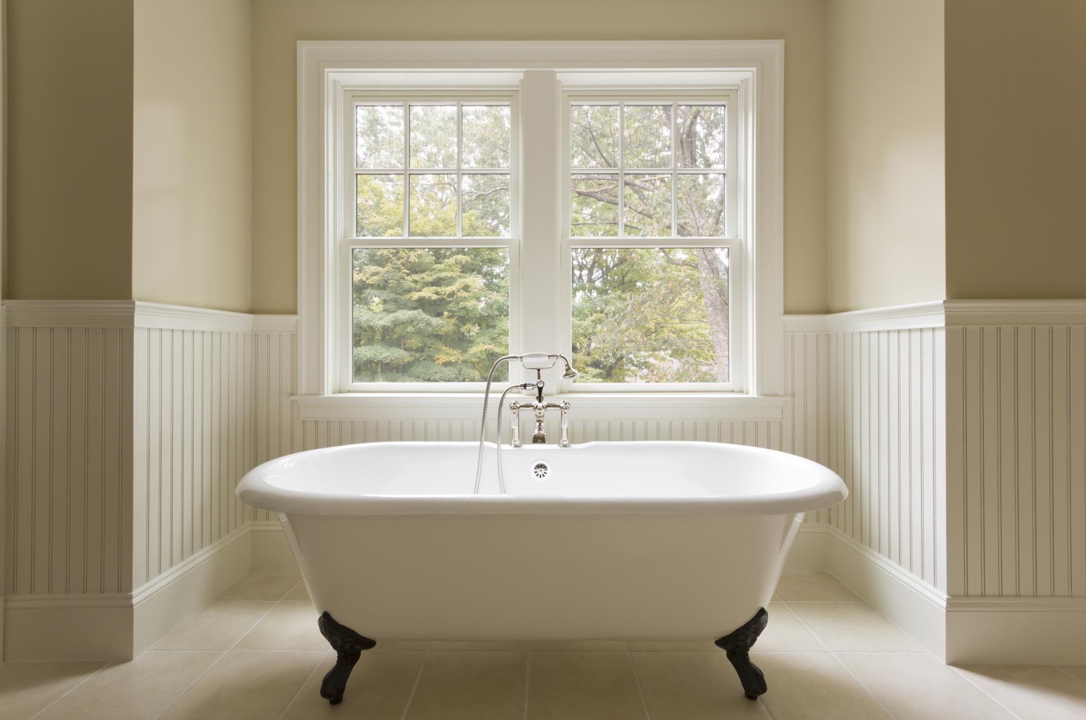 How To Refinish A Bathtub Bathtub Refinishing Kit Bathtub