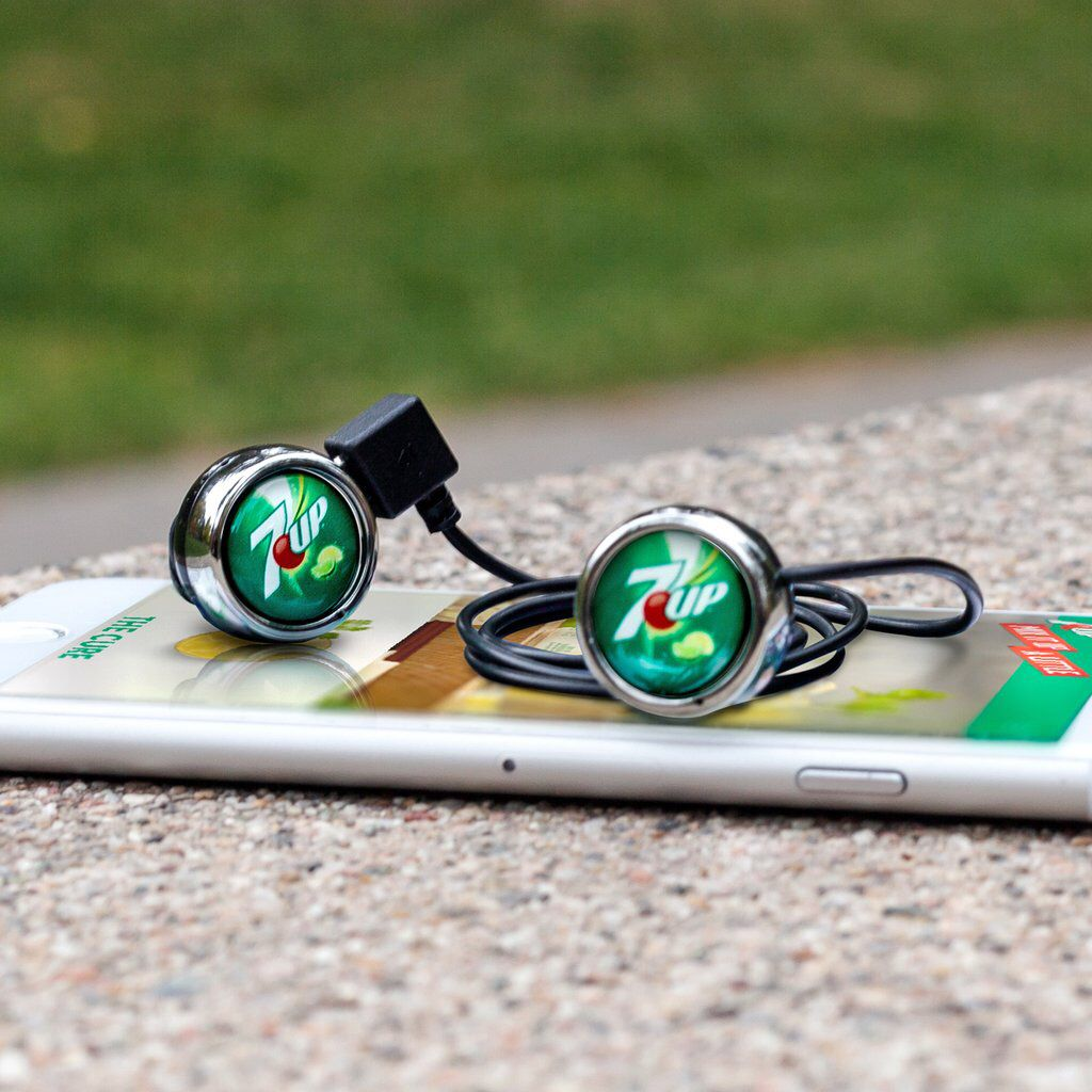Innovative Design Gives You The Choice The Atom Fusion Wireless Earbud Headset Allows You To Use The Atom As A Single Ear Earbuds Wireless Earbuds Headset