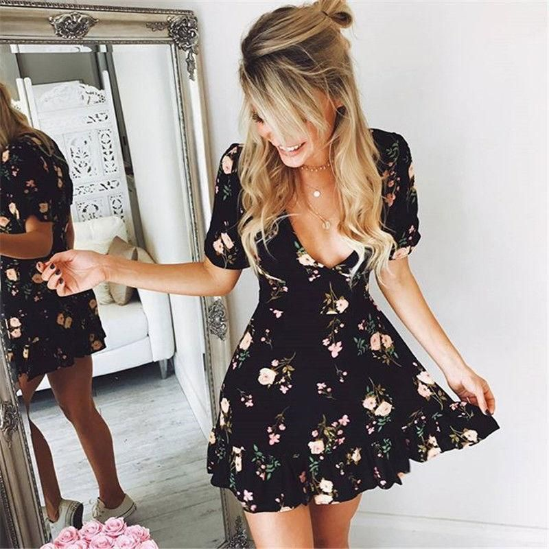 Women Mini Boho Floral Dress Summer Beach Short Sleeve V neck Evening Party bohemian beach dress 2018 Summer style 2