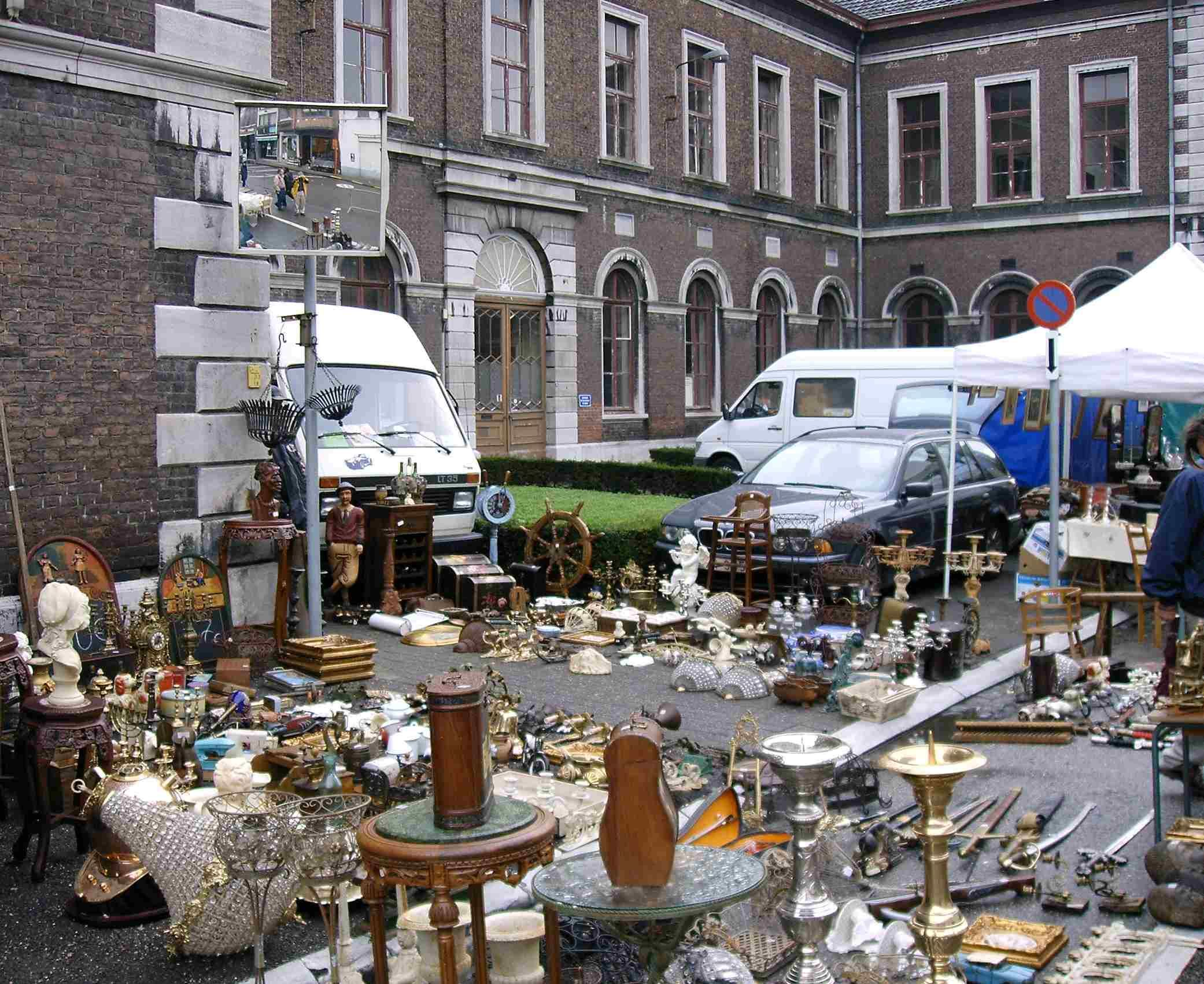 Tongeren Belgien tongeren antique market on sunday mornings favorite places we ve