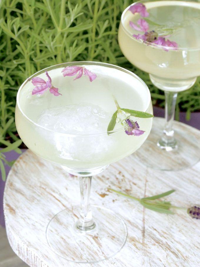 Sitruunainen laventelilimonadi