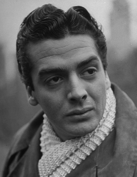 nude naked Victor mature