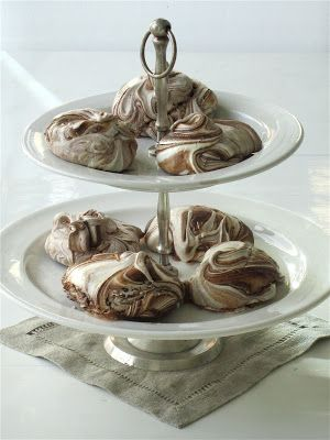 Chocolate meringue (recipe from 1909)