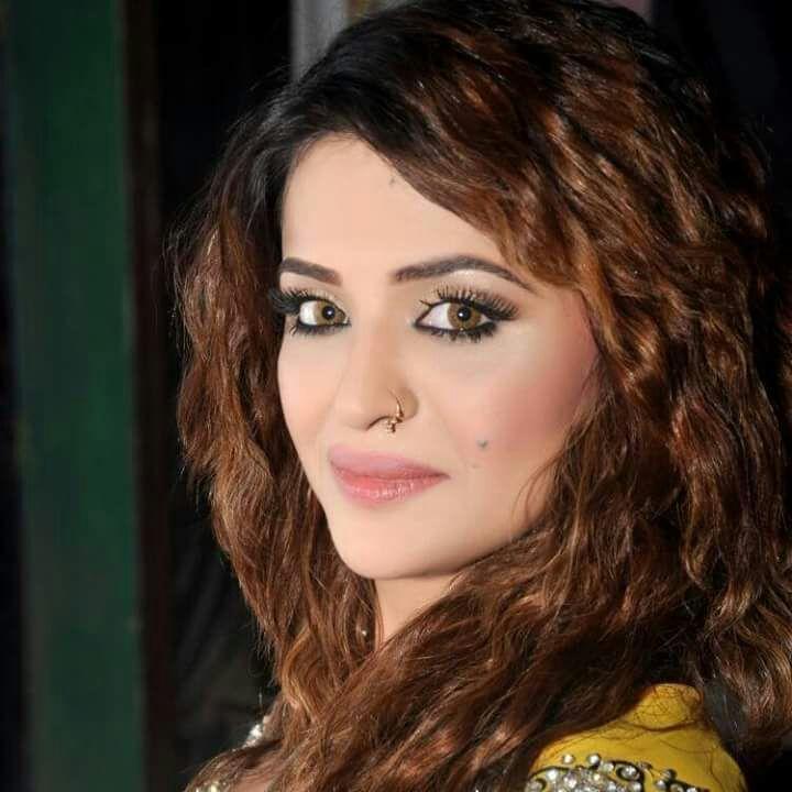 Sexy women Pashto