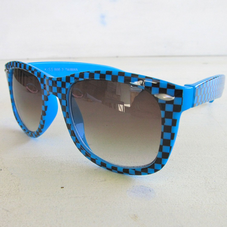 03ba71a9053a6 Funky Sunglasses blue checkered 80s vintage sunglasses - wayfarer style.