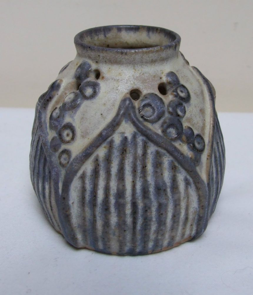Myrna Smith Forge House Pottery Whitby Pomander Vase 3 25 Beautiful