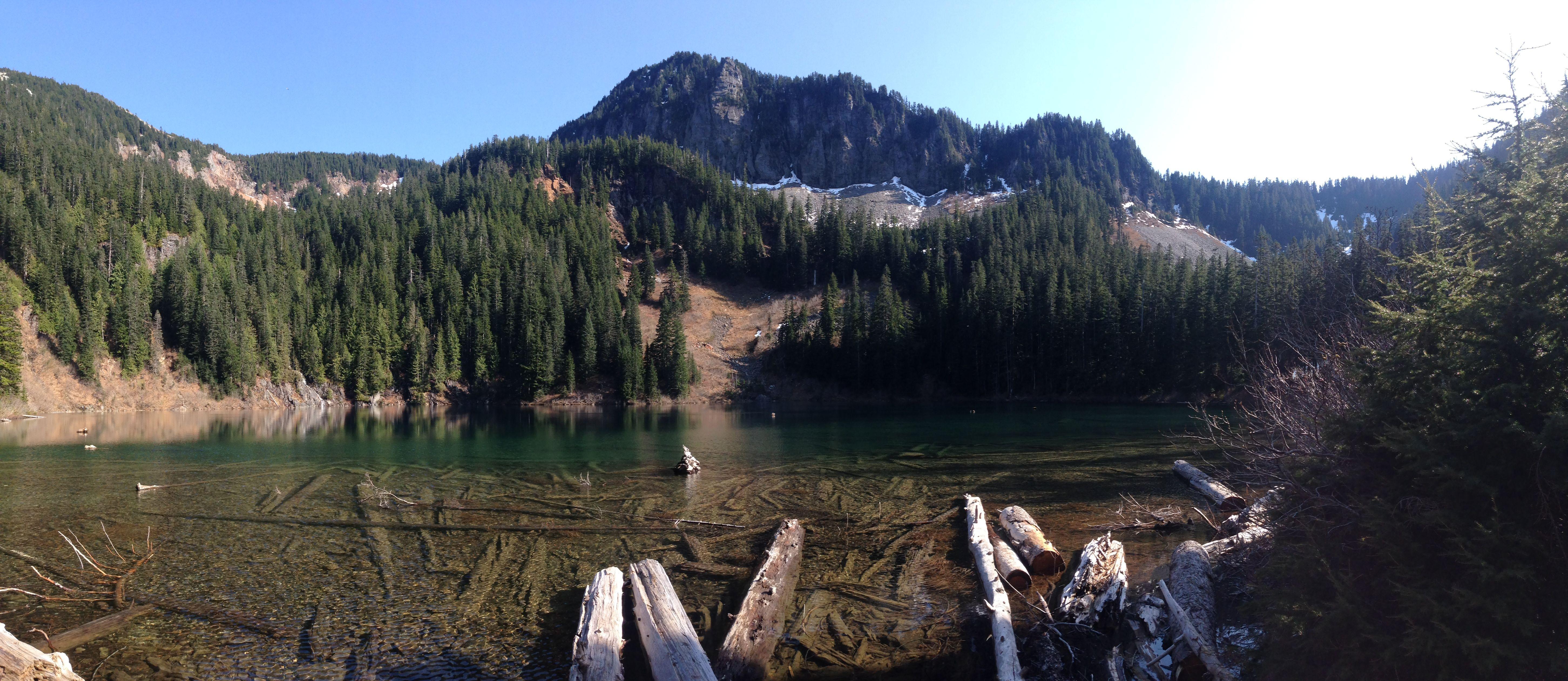 Annette Lake Snoqualmie Region -- Snoqualmie Pass 7.5 miles, roundtrip Gain: 1400 ft. Highest Point: 3600.0 ft.