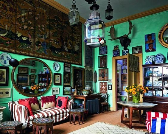 Eccentric English Home Of Peter Hinwood Style Country