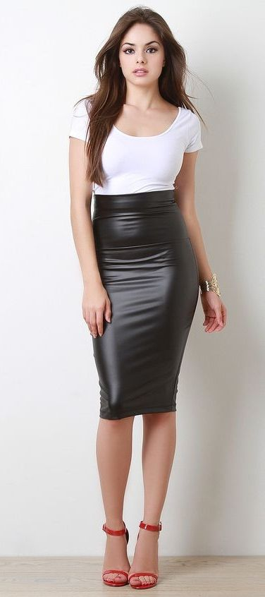 More lovely ladies clad in luscious, luxurious leather pencil skirts