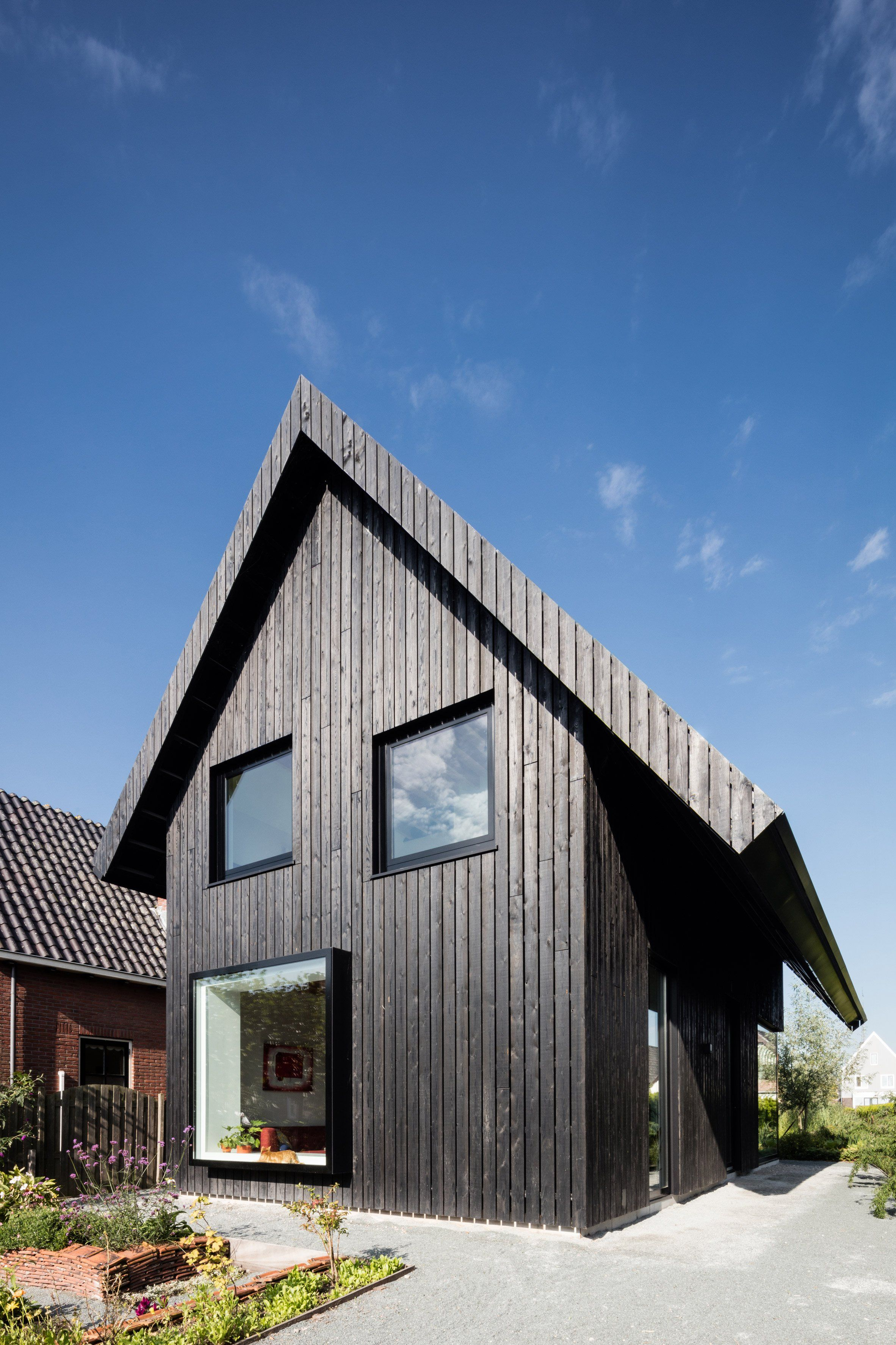 Pin By Sako Chater On 07 70 Roof Wall Specialties Wooden Cottage House Cottage