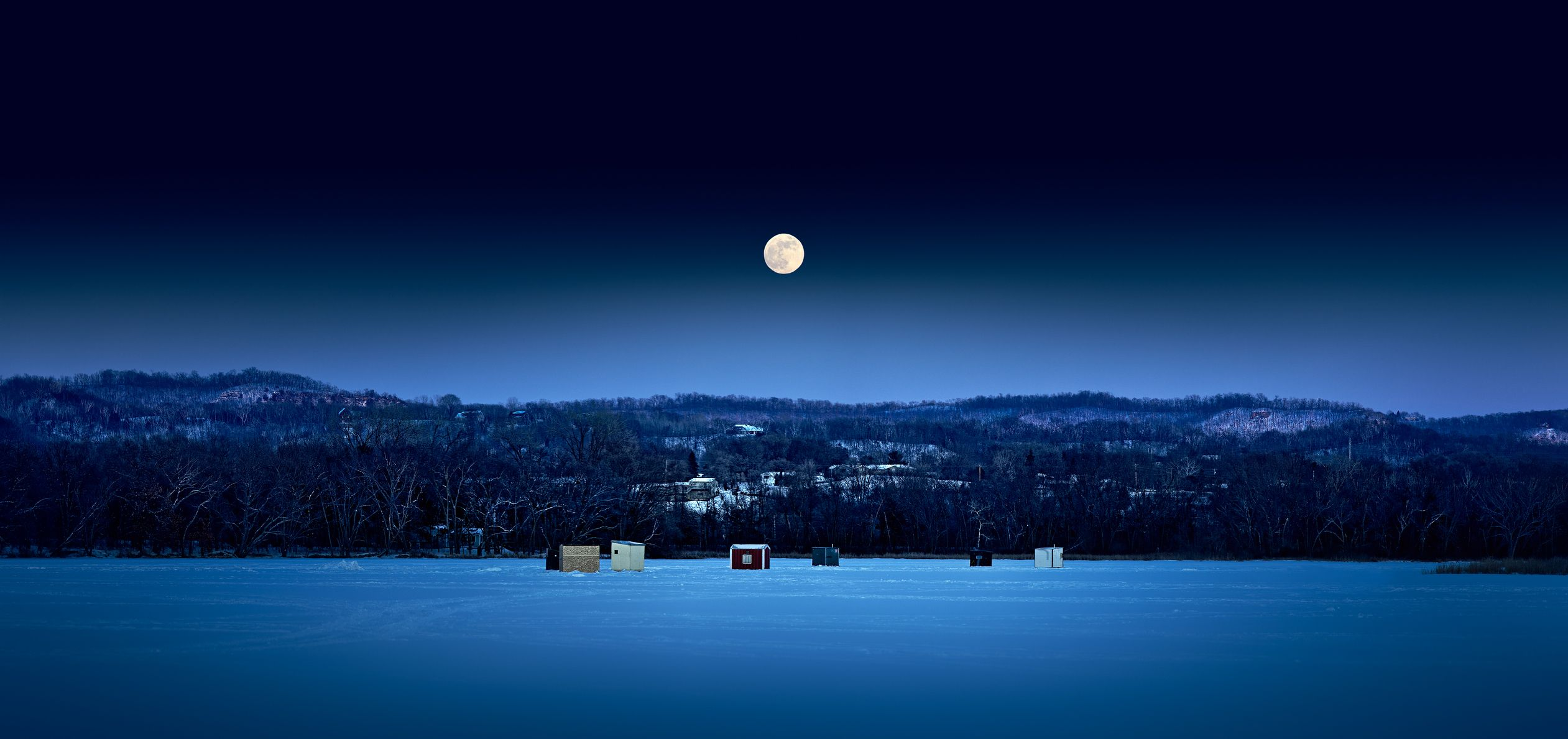 The Super Snow Moon Is Basically The Marie Kondo Of Full Moons So Prepare Accordingly Night Skies Winter Wallpaper Winter Landscape