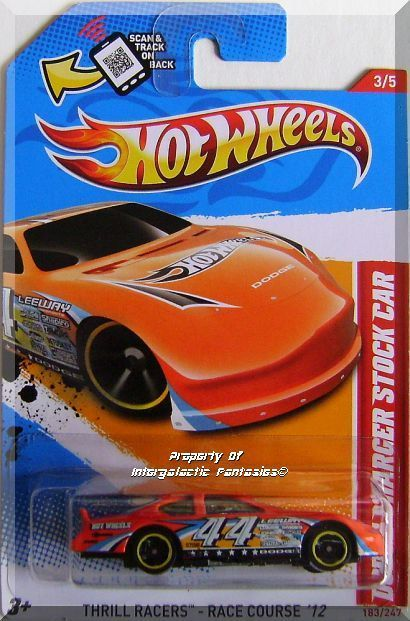 Hot Wheels Dodge Charger Stock Car Thrill Racers Race Course