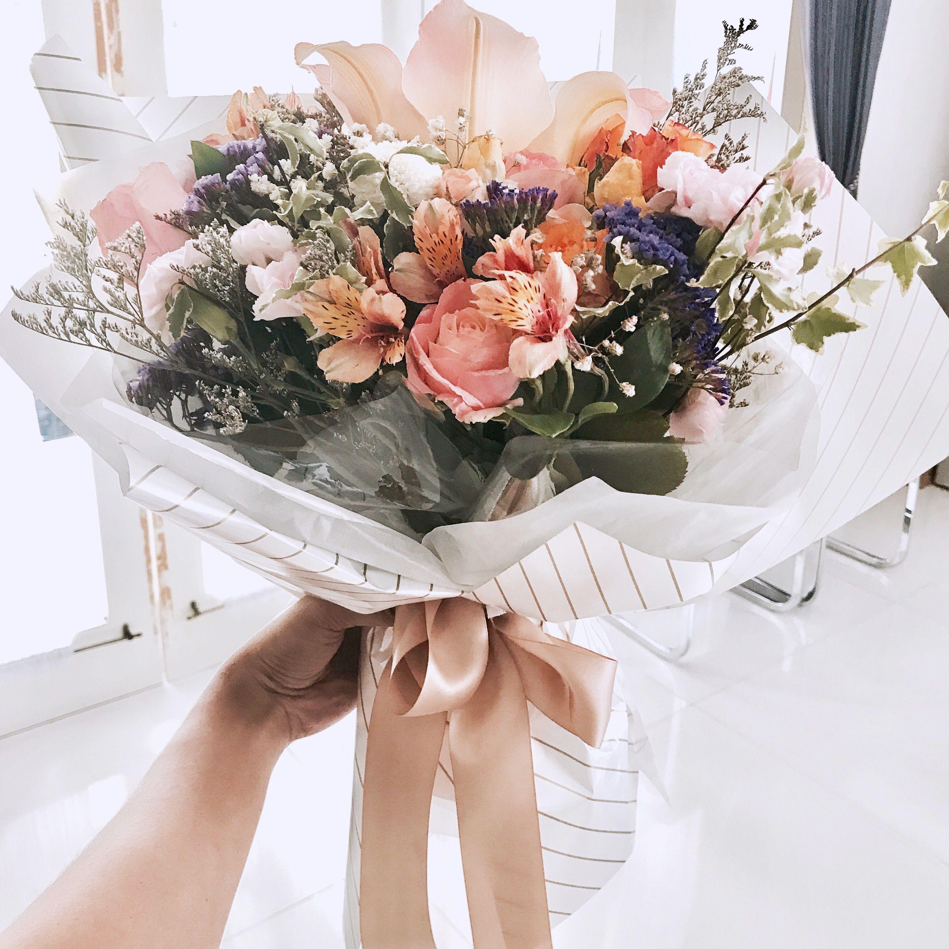 Pin by eleanor la on Korean flower bouquet | Pinterest | Flower bouquets