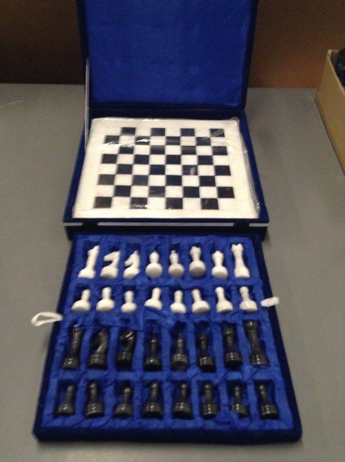 NEW - RADICALn Handmade Black and White Onyx Chess Board Game