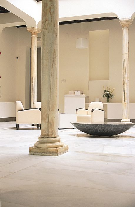 Reinventing the Spanish patio at the Ladron de Agua hotel in Granada