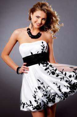 0f3b3392c Moda Extremo  Vestidos cortos blancos 2011 - 2012