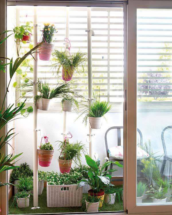 C mo crear un jard n en una terraza peque a latino living decoraci n estilo hogar terrazas - Decoracion terrazas pequenas ...