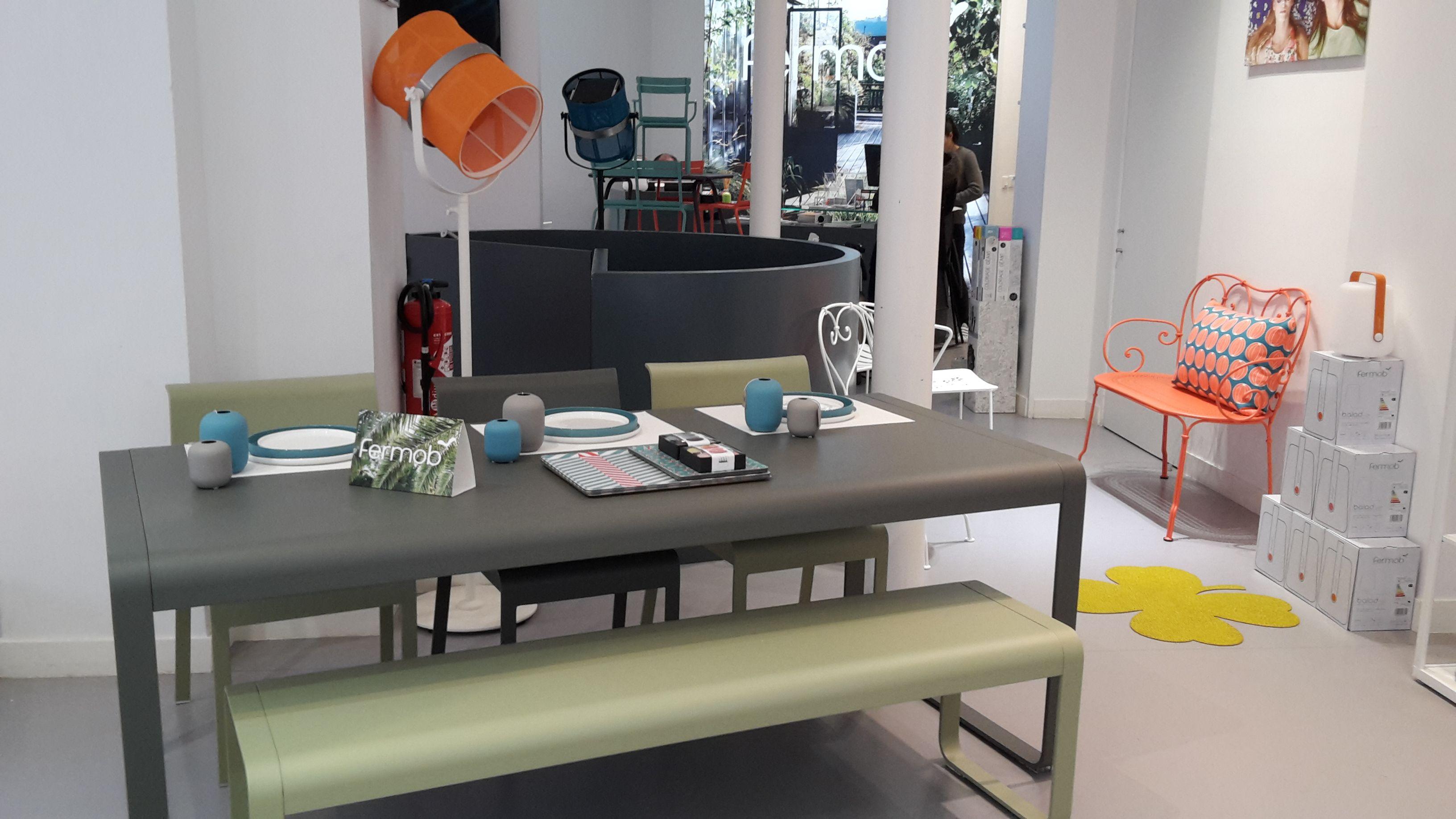 Craquez pour la nouvelle couleur fermob romarin d co for Mobilier maison