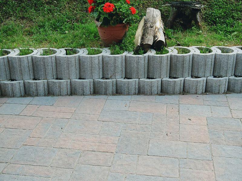 Mini Taludecor Ggi Fabrication De Produits En Beton Et Derives Savoie France Muret De Jardin Dalle Terrasse Couvre Mur