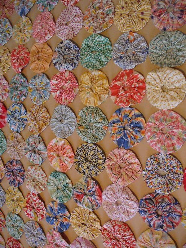 Maybe A Room Divider Or Doorway Streamers Feedsack Fabric Quilts Quilting 101