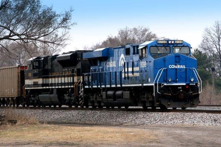 Ns Conrail And Savannah Atlanta Heritage Units At Granite City Il Hauling Coal Empties Granite City Norfolk Southern Savannah Chat