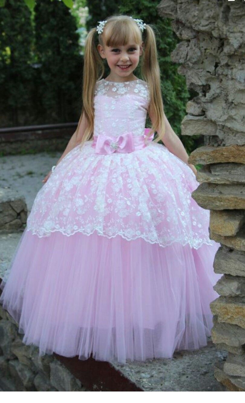 lace over pink tulle gown | tips | Pinterest | Vestidos de niñas ...