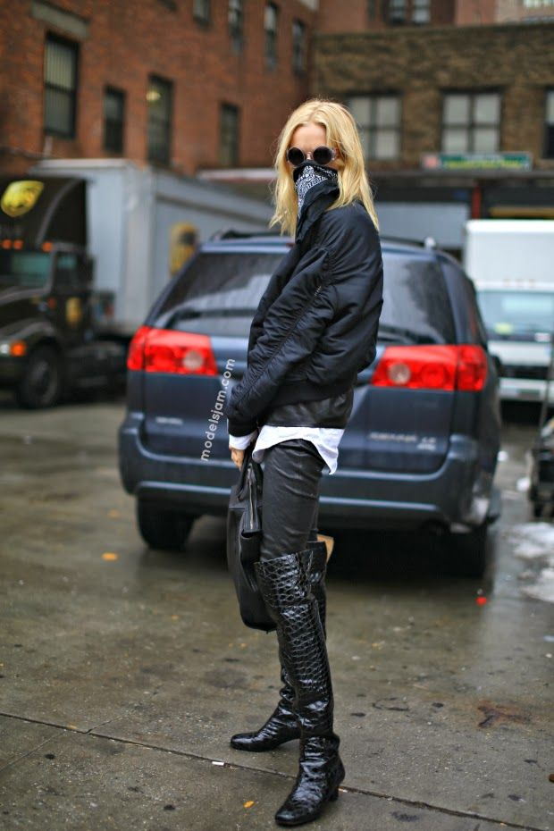 the bandanna bandit. HGO #offduty in NYC. #HanneGabyOdiele