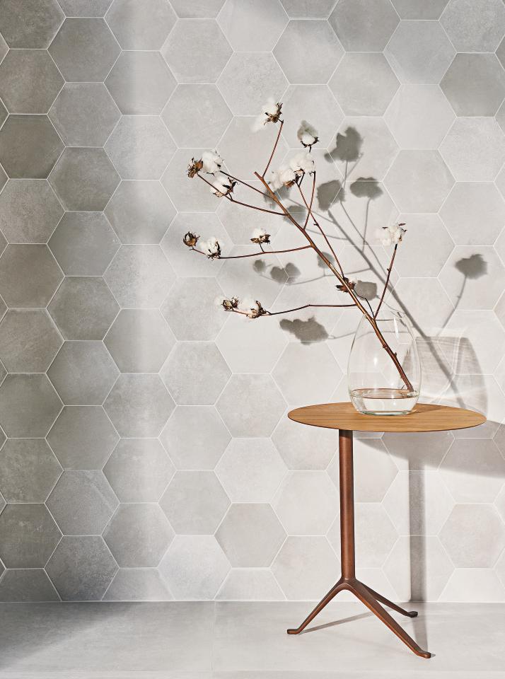Hedron  Ceramic Field Tile