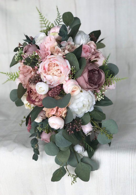 """Wedding bouquet, Dusty Rose Bridal bouquet, Cascade bouquet, Blush Wedding bouquet, Mauve/Dusty Rose Wedding flowers, Silk Bridal bouquet #dustyrosewedding *Cascade Bridal Bouquet 11-12"""" X 15-16"""" *Round/Hand tied Bouquet 11-12"""" wide *Bridesmaid Bouquets 7-8 inches* What sets Darlasblooms apart from other floral shops? Not only my attention to detail but my commitment to making a beautiful, one of a kind bouquet designed just for you. Every item is created by me so you can rest assured know #whitebridalbouquets"""