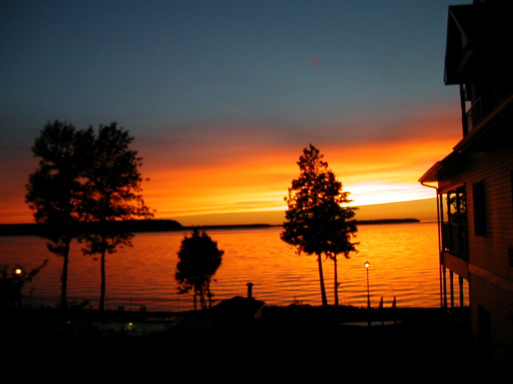 Sunset at westwood shores sturgeon bay door county wi photo by