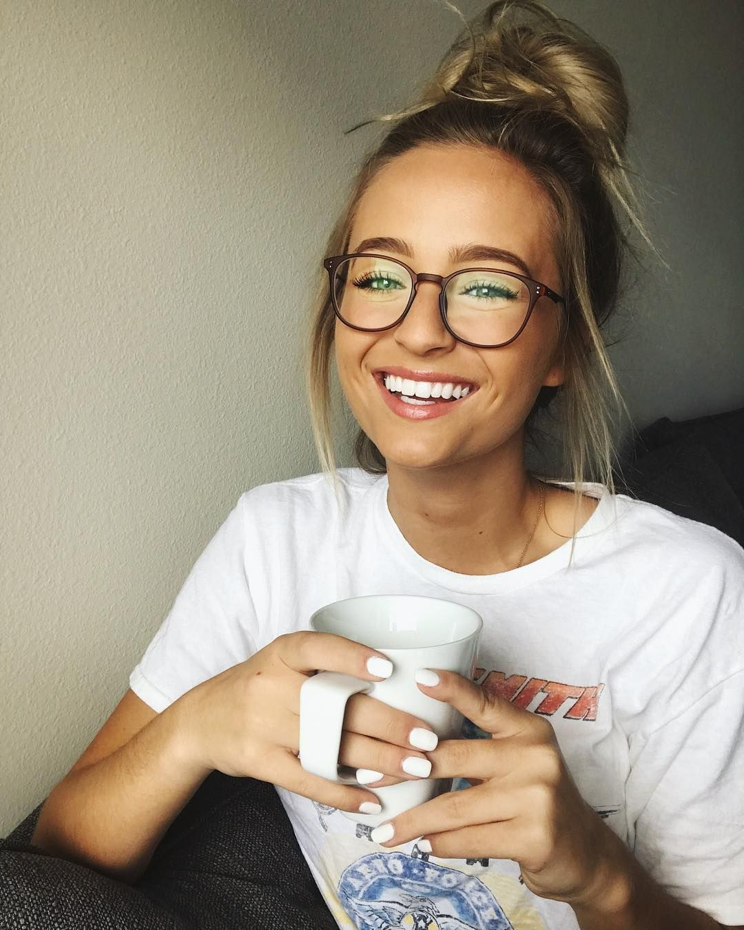 """Photo of Jacy Jordan's Instagram photo: """"Imagine waking up and being able to see perfectly. CANNOT RELATE. Good thing I love glasses 🤓 I'm wearing the style Weston in Brown from…"""""""