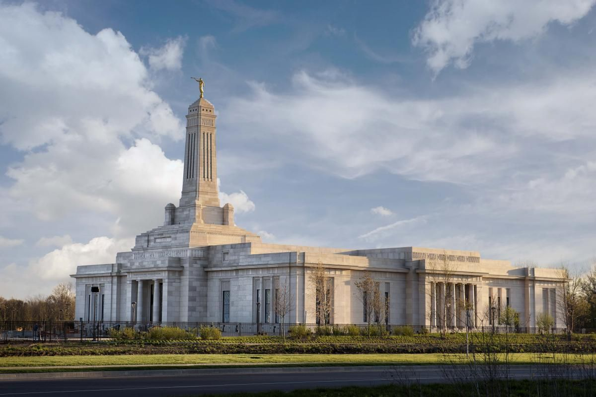 Christian opponents object to Mormon temple in Indiana