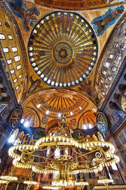 The Islamic Decoration On The Domes Of The Interior Of Hagia Sophia Ayasofya Istanbul Turkey Hagia Sophia Byzantine Art Pictures Images